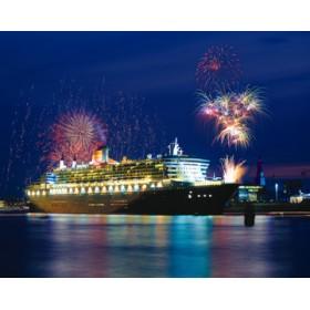 Canvas schilderij Feuerwerk über Queen Mary 2