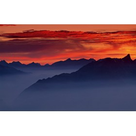 Canvas schilderij Sunset on Niederhorn I