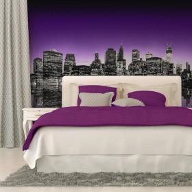 Fotobehang - The Big Apple in purple color